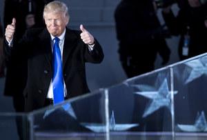 Donald Trump wciąż używa niezabezpieczonego smartfonu