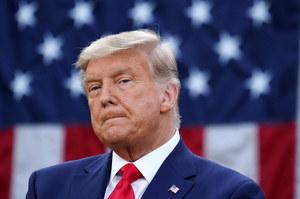 """Donald Trump """"znajduje głosy"""". Kolejne szczegóły afery"""