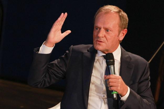 Donald Tusk: czas na zjednoczenie wysiłków całej opozycji; sprawy zaszły zbyt daleko /Christian Marquardt /PAP/EPA