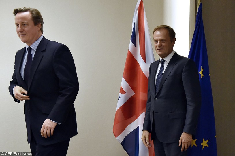 Donald Tusk i David Cameron /ERIC VIDAL/AFP /East News