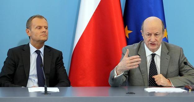 Donald Tusk i Jacek Rostowski na dzisiejszej konferencji prasowej /PAP