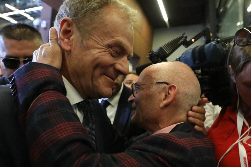 Donald Tusk i Jan Lityński w Gdańsku /Andrzej Iwańczuk /Reporter