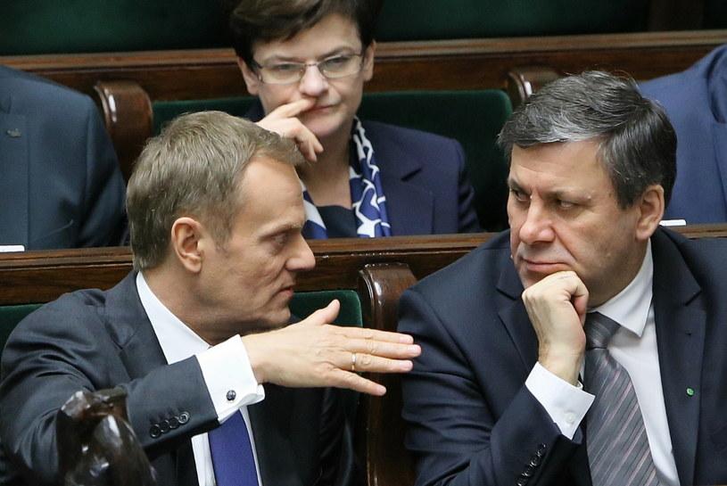 Donald Tusk i Janusz Piechociński /Paweł Supernak /PAP
