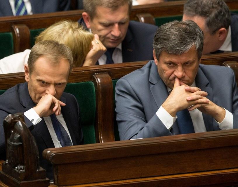 Donald Tusk i Janusz Piechociński. /Andrzej Iwańczuk /Reporter