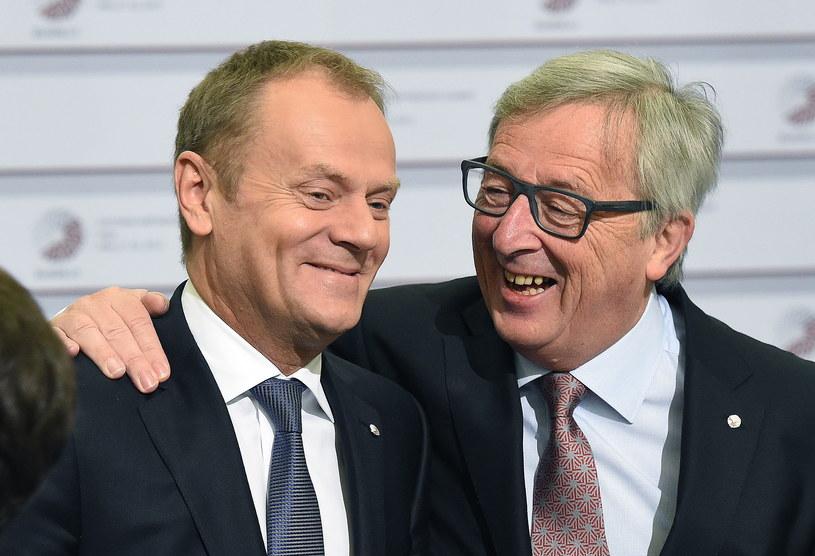 Donald Tusk i Jean-Claude Juncker podczas Szczytu Partnerstwa Wschodniego w Rydze /Radek Pietruszka /PAP