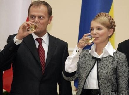 Donald Tusk i Julia Tymoszenko. /AFP