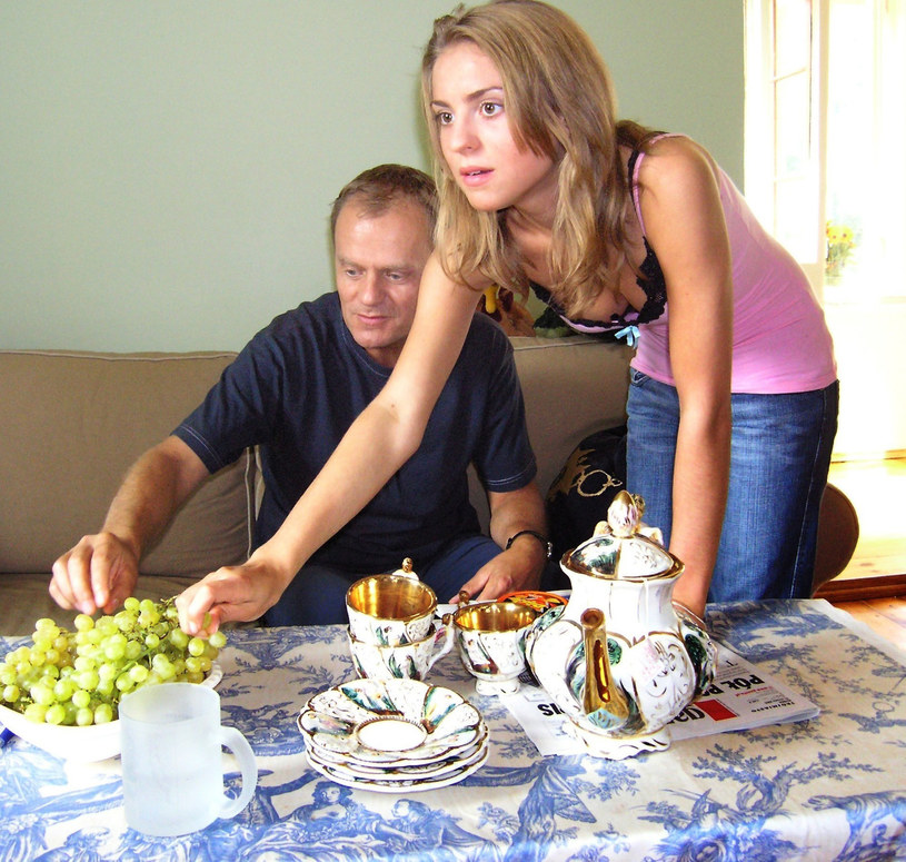 Donald Tusk i Katarzyna Tusk w domu w Sopocie, 2005 rok /Krzysztof Burzyński/FOTONOVA /East News