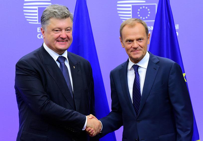 Donald Tusk i Petro Poroszenko /AFP