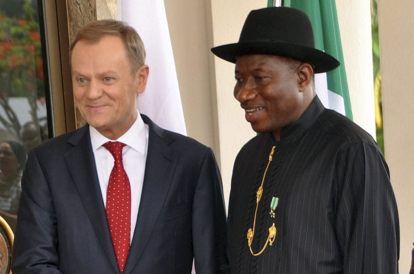 Donald Tusk i prezydent Nigerii Goodluck Jonathan /PAP/EPA