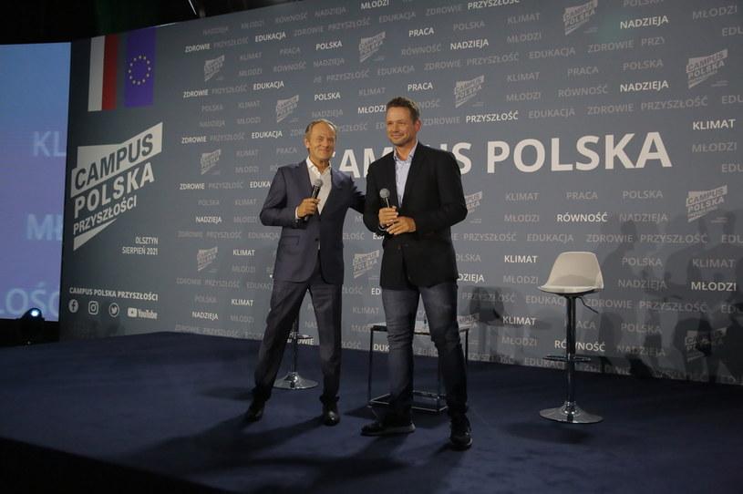 Donald Tusk i Rafał Trzaskowski / Tomasz Waszczuk    /PAP