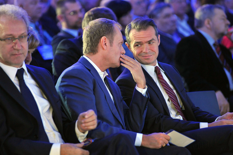 Donald Tusk i Sławomir Nowak /Wojciech Strozyk/ /Reporter