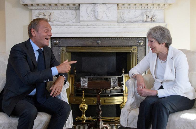 Donald Tusk i Theresa May /AFP