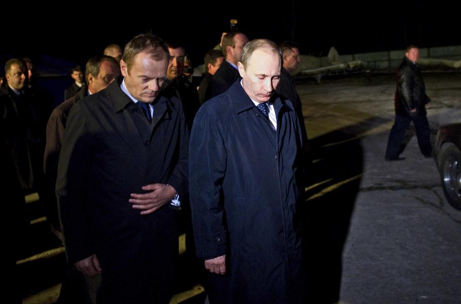 Donald Tusk i Władimir Putin na miejscu katastrofy w Smoleńsku /Shemetov Maxim    /PAP/EPA