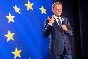 Donald Tusk: Jarosław Kaczyński milczy od początku kryzysu szczepionkowego