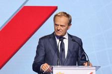 Donald Tusk: Mamy problem z władzą, która bezwstydnie gwałci konstytucję
