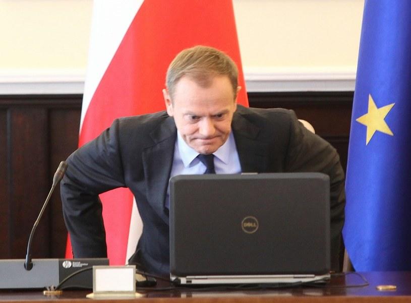Donald Tusk na posiedzeniu rządu /Piotr Piwowarski  /Agencja SE/East News