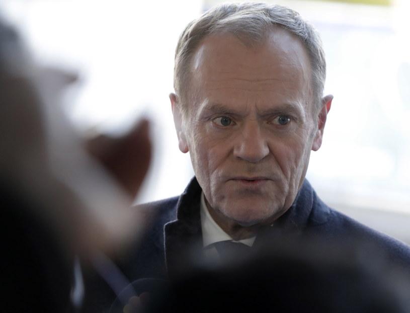 Donald Tusk: nie kandydując w wyborach prezydenckich, unieważniłem kampanię PiS wycelowaną we mnie /STEPHANIE LECOCQ  /PAP/EPA
