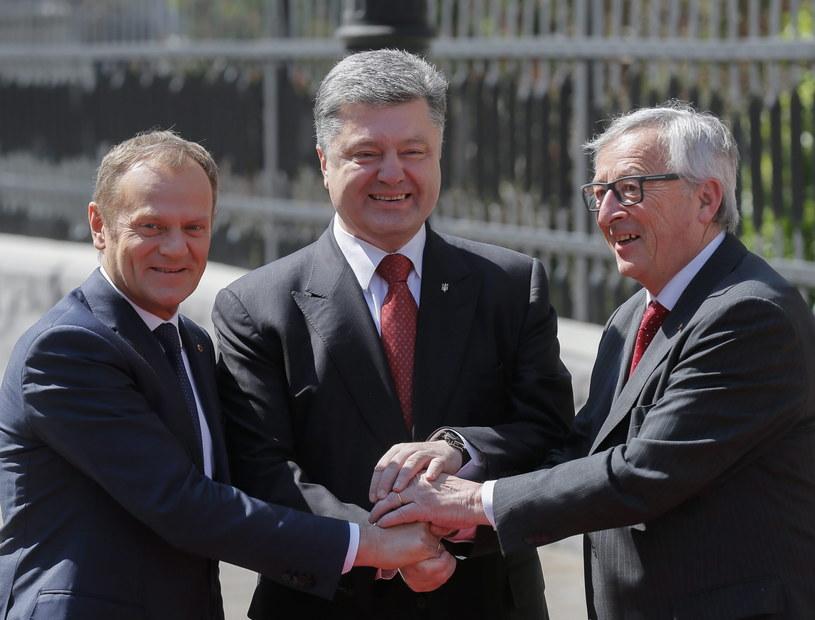 Donald Tusk, Petro Poroszenko i Jean-Claude Juncker /PAP/EPA