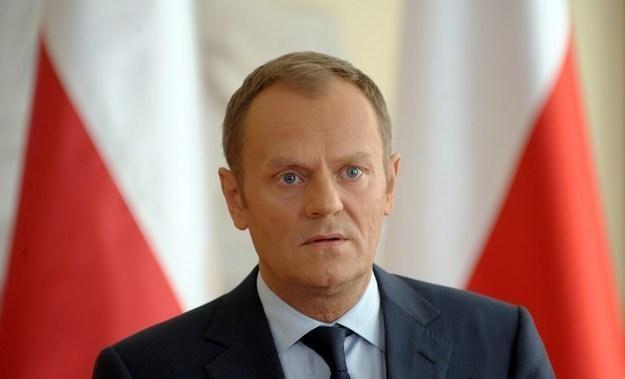 """Donald Tusk: Propozycje rządu w sprawie reformy służb mundurowych są """"delikatne"""" /AFP"""