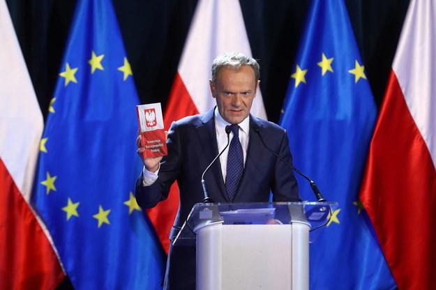 Donald Tusk w czasie wykładu /Rafal Guz /PAP