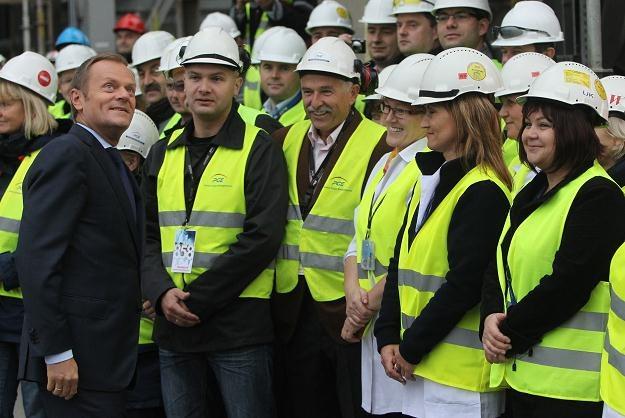 Donald Tusk w Elektrowni Bełchatów/fot. R. Pietruszka /PAP