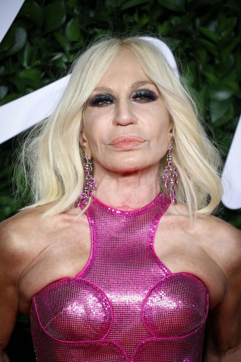 Donatella Versace na gali Fashion Awards 2019 /Splash News /East News