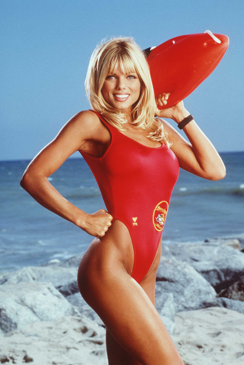 Donna D'Errico /All American TV, Inc. /Getty Images