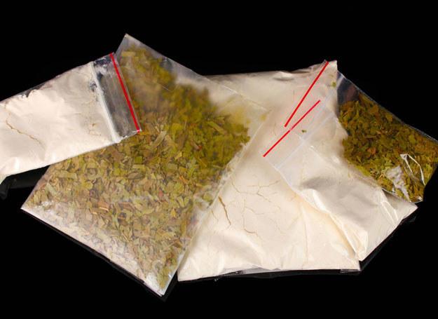 Dopalacze to środki zawierające substancje psychoaktywne, które działają tak samo jak narkotyki / Zdjęcie ilustracyjne /123RF/PICSEL