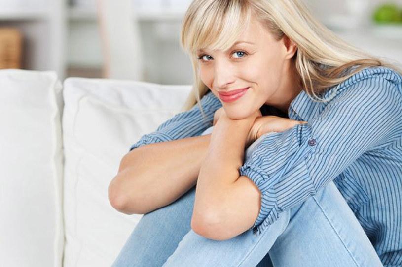Dopasuj pielęgnację cery do cyklu miesięcznego, a zobaczysz znaczną poprawę stanu skóry! /123RF/PICSEL