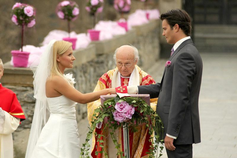 Dopiero za trzecim razem udało się Majce i Pawłowi przysiąc miłość. Niestety, małżeństwo nie przetrwało próby czasu. /Telus /AKPA