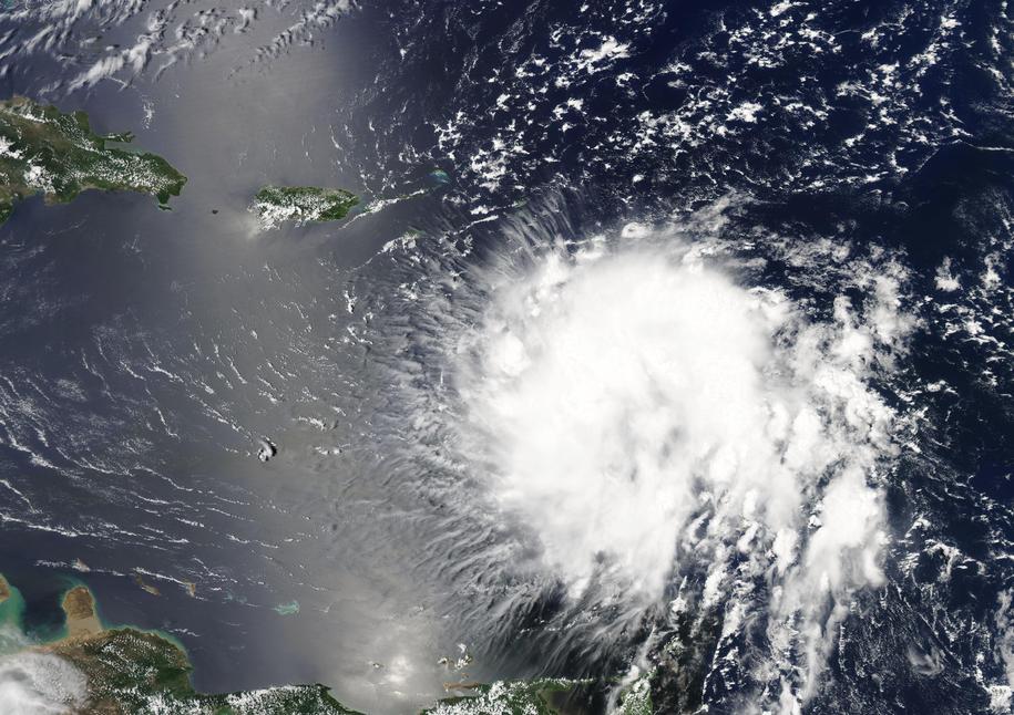 Dorian ma uderzyć w Portoryko już dziś /NASA GODDARD MODIS RAPID RESPONSE /PAP/EPA