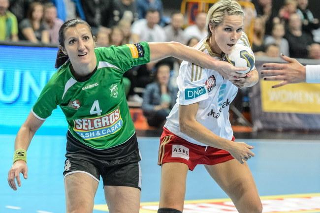 Dorota Małek (z lewej) /Wojciech Pacewicz /PAP