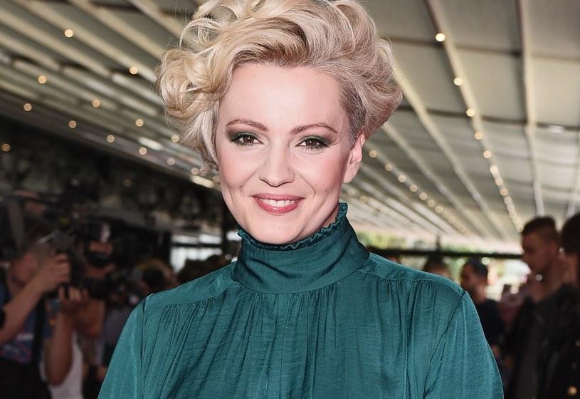 Dorota Szelągowska w swoim apartamencie postawiła na złote dodatki /MWMedia