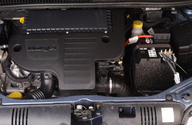 Doskonały 1.9 JTD jest wręcz za mocny do Idei. 1.3 M-Jet jest wystarczający do jazdy w mieście. /Motor