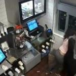 Dostała za mało keczupu w McDonaldzie, więc pobiła menadżera
