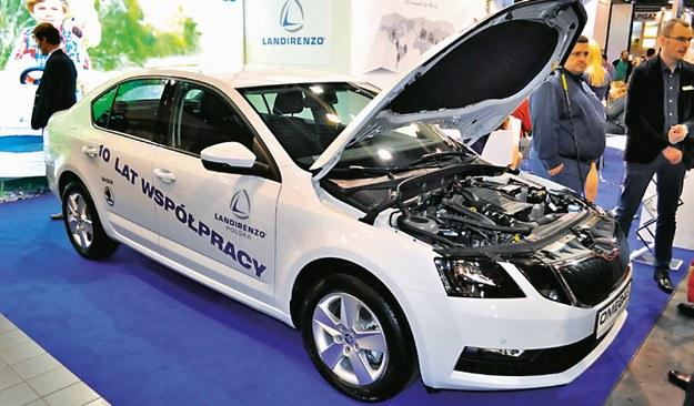 Dostawców tego typu instalacji jest wielu. Na zdjęciu Octavia z systemem opracowanym przez Landirenzo. /Motor
