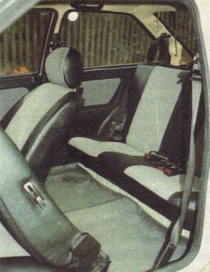 Dostęp do tylnych siedzeń jest mocniejszą stroną Tavrii. /Motor