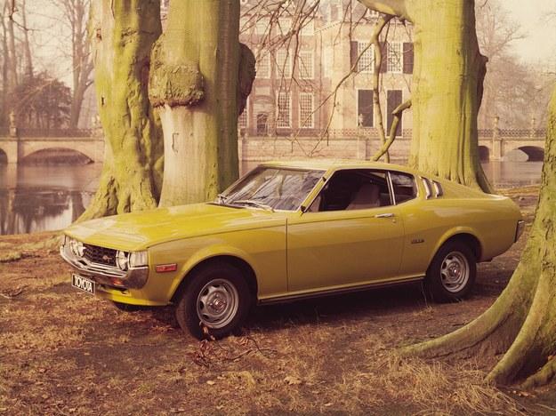 Dostępna jako coupe i hardtop, silniki serii R o pojemności 1,9-2,2 litra. /Toyota