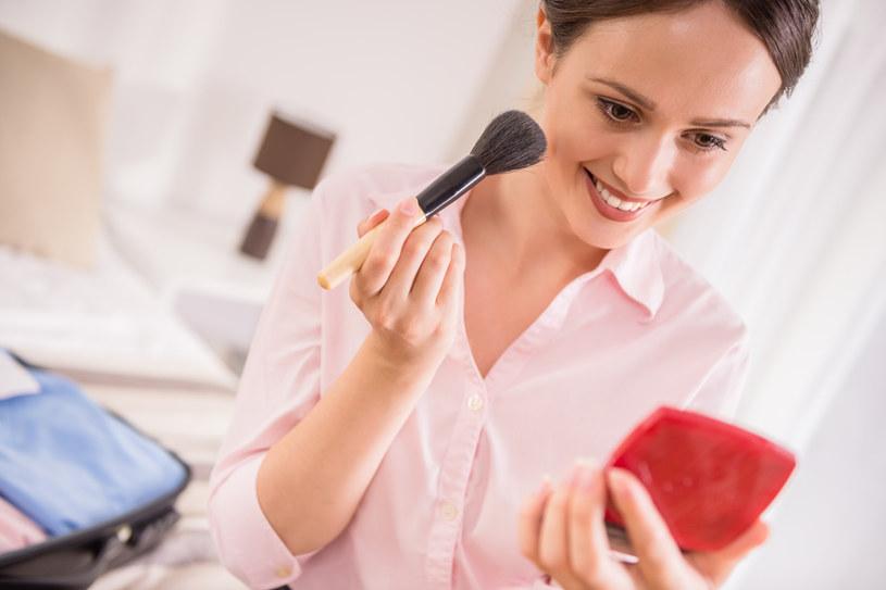 Dostosowanie makijażu do rodzaju cery nie jest wcale takie trudne, jak może się wydawać /123RF/PICSEL