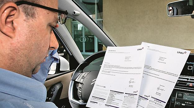 Dotychczas w Polsce kierowcy płacili stosunkowo mało za polisy OC. Teraz ceny ubezpieczeń szybko rosną. /Motor