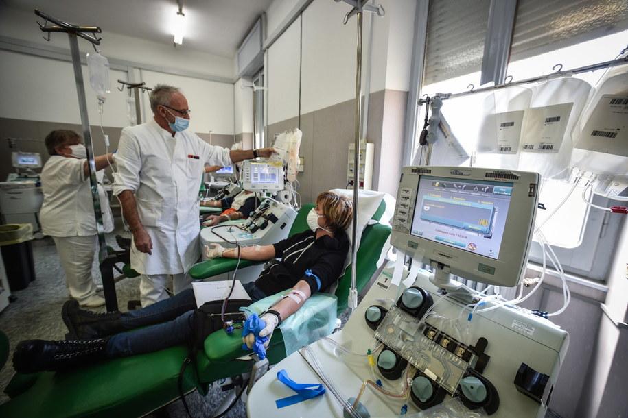 Dotychczas we Włoszech potwierdzono 132 tysiące przypadków koronawirusa /MATTEO CORNER /PAP/EPA