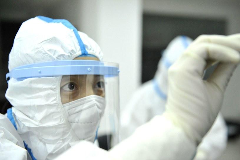 - Dowody na roznoszenie się wirusa przez powietrze są liczne i silne - twierdzą naukowcy /Costfoto/Barcroft Media via Getty Images /Getty Images