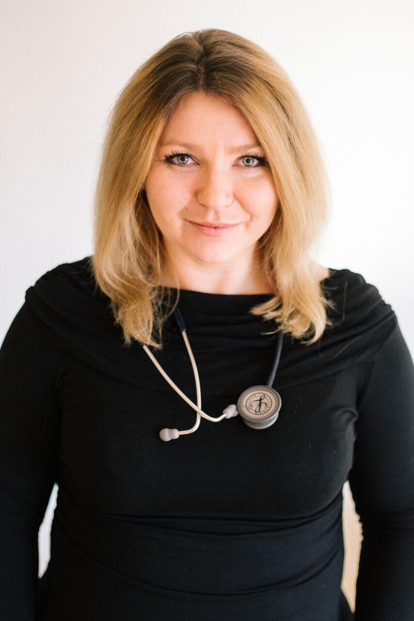 dr Paulina Nowak - lekarz rodzinny oraz certyfikowany lekarz medycyny podróży /