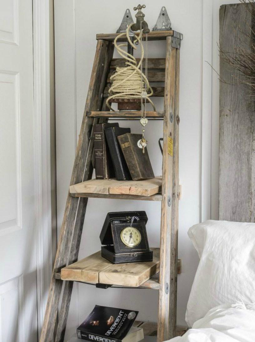 drabinka w sypialni /© Photogenica