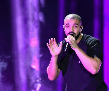 "Drake ""More Life"": Memy, pobite rekordy i SMS-y do Jennifer Lopez"