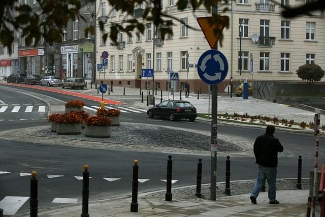 Drakońska kara za odliczenie VAT od auta /Tomasz Gzell /PAP