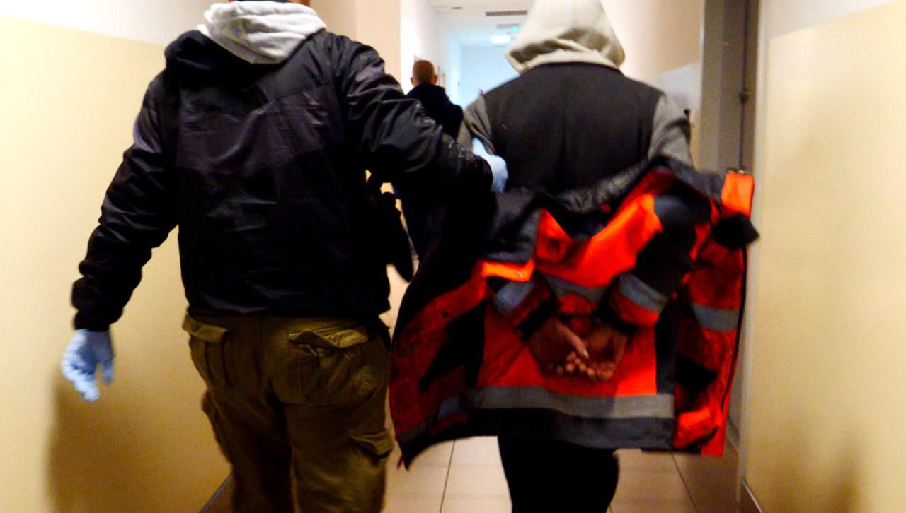 Dramat w Brzydowie. 28-latek wtargnął do domu, zamordował kobietę i ranił jej córkę