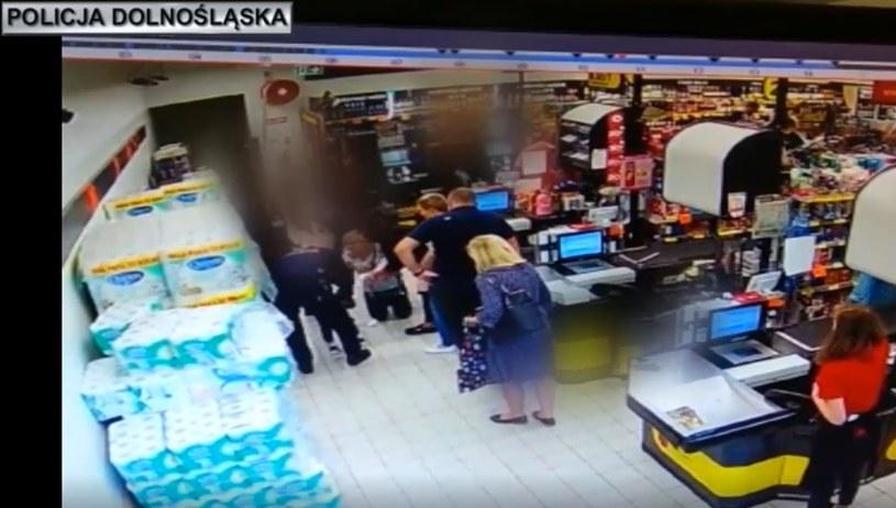 Dramatyczne sceny w sklepie w Głogowie /Policja