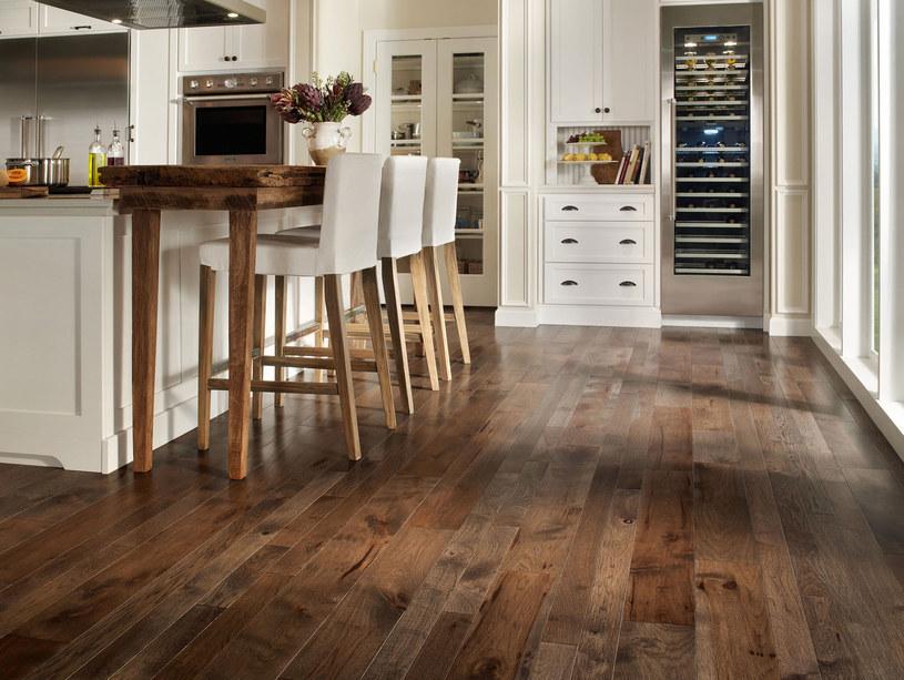 drewniane podłogi /© Photogenica