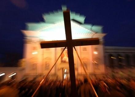 Droga Krzyżowa na warszawskiej Starówce, fot. WOJCIECH TRACZYK /Agencja SE/East News